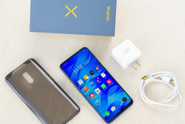Package Contents  of Realme X